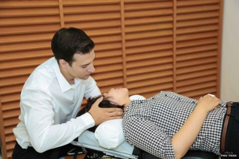 Chiropractic is the latest form of treatment in Vietnam that will help you get rid of your neck pain without medication.